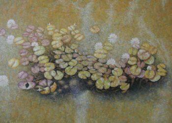 Óleo en el que podemos ver la recreación de unos nenúfares en un estanque con una mezcla de colores verdosos, ocres, amarillos y azulados.